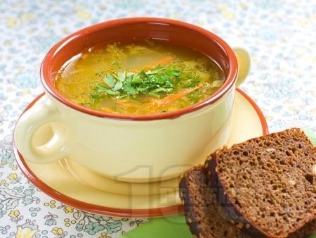 Зеленчукова супа с моркови, тиквички и фиде - снимка на рецептата
